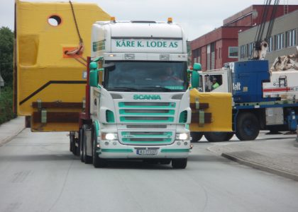 Escorting Abnormal loads